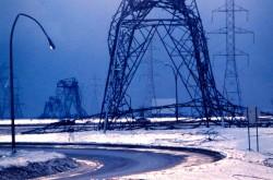 Reducing Ice Accretion Using 'Super-Hydrophobic' Coatings on Conductors & Insulators